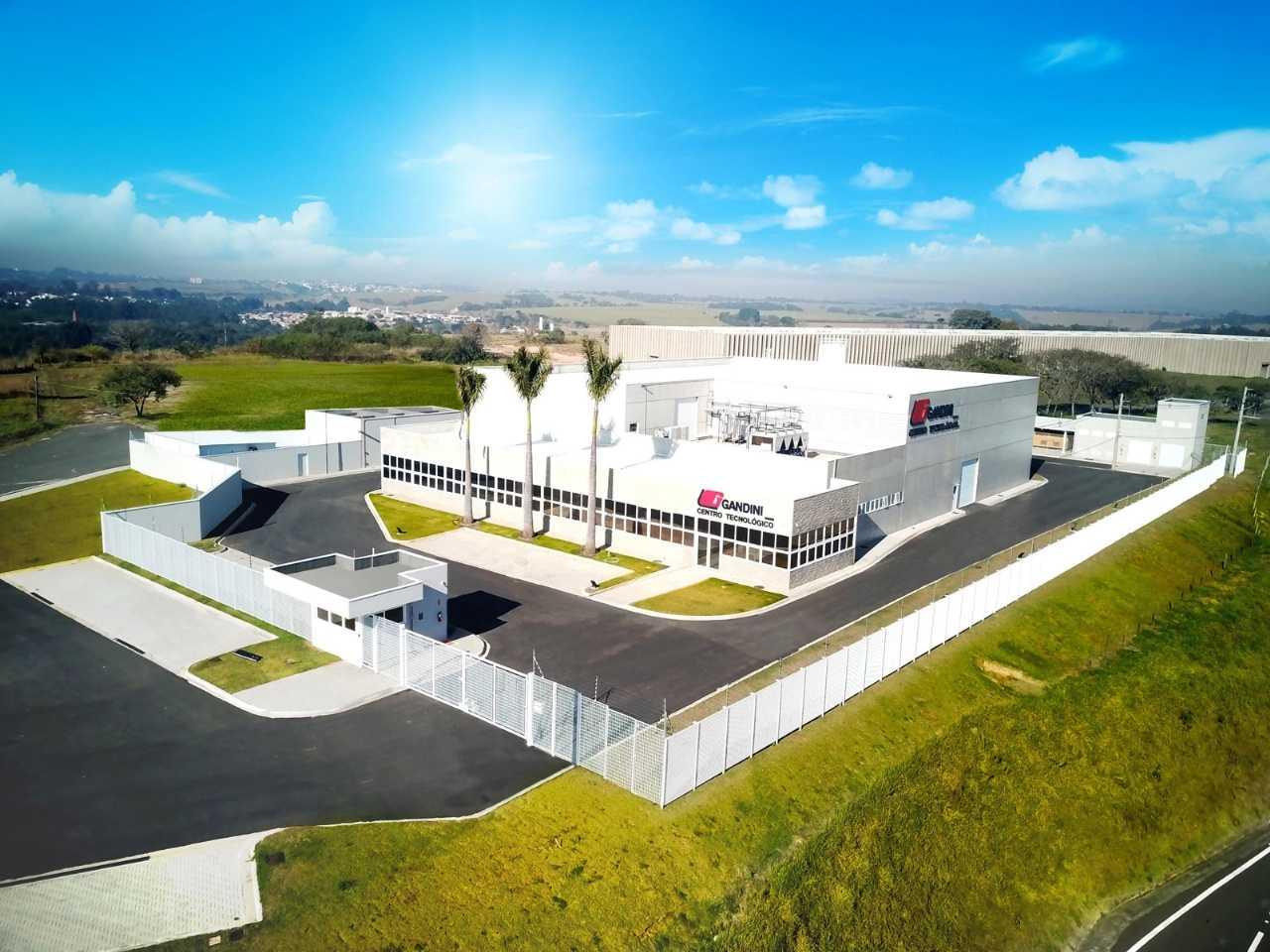 O Gandini Centro Tecnológico está localizado na Rodovia Santos Dumont, em Salto (SP)