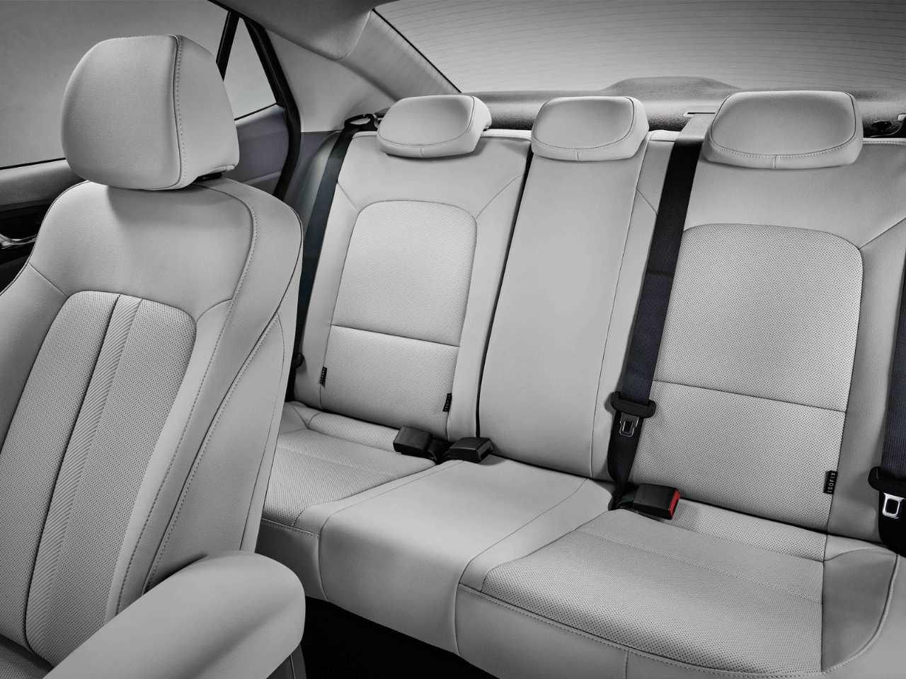 HyundaiHB20S 2020 - bancos traseiros
