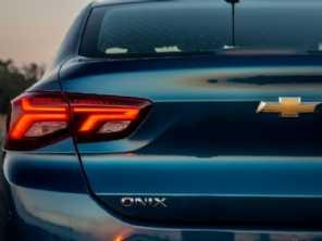 Onix Plus pode ganhar versão Midnight na linha 2021, adianta site