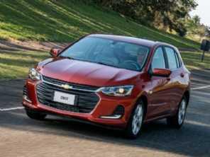 Chevrolet Onix ainda é o carro mais vendido para pessoas físicas