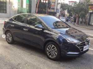 Vazou! Nova geração do Hyundai HB20S é flagrada por completo