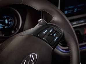 Novo HB20: central multimídia flutuante e câmbio com trocas sequenciais no volante