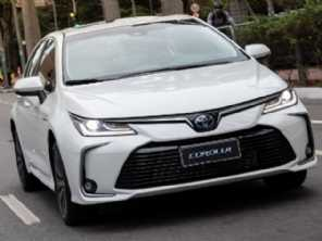 Toyota Corolla 2022 estreia com central multimídia aprimorada