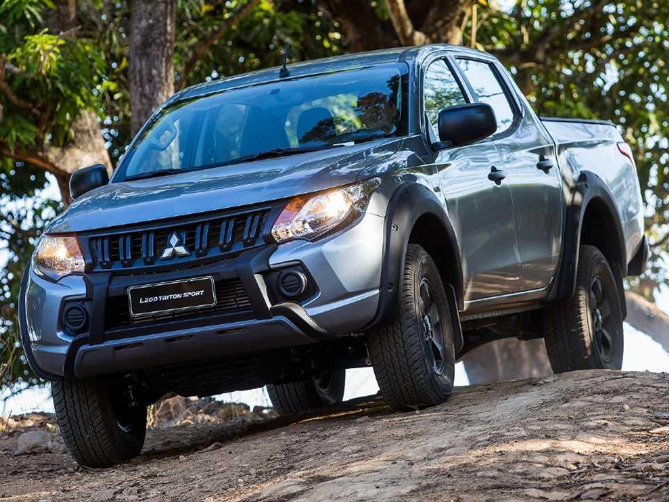 MitsubishiL200 Triton 2020 - outros