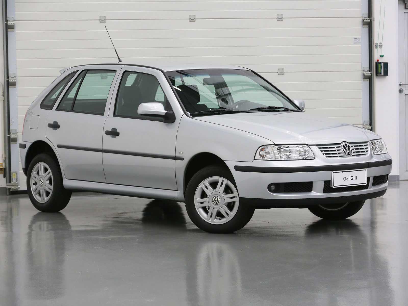 VolkswagenGol 1999 - ângulo frontal