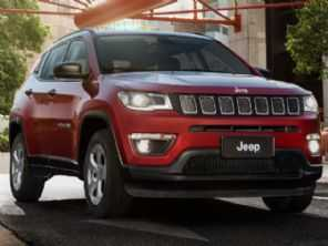 Flagra antecipa o que mudará no interior do Jeep Compass em seu facelift