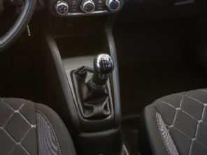 SUV sem motor turbo, manual e por até R$ 80 mil: comprar um Kicks ou um EcoSport?