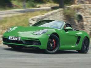 Porsche lança 718 GTS aspirado e com câmbio manual