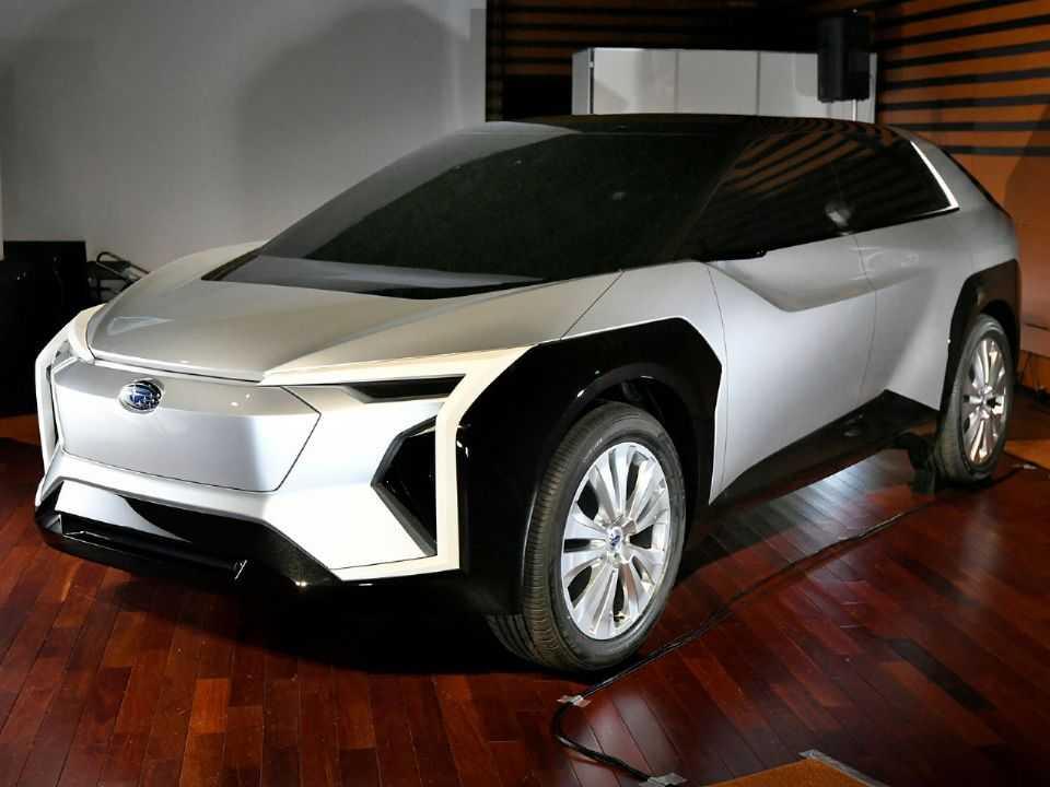Protótipo do crossover elétrico da Subaru desenvolvido em conjunto com a Toyota