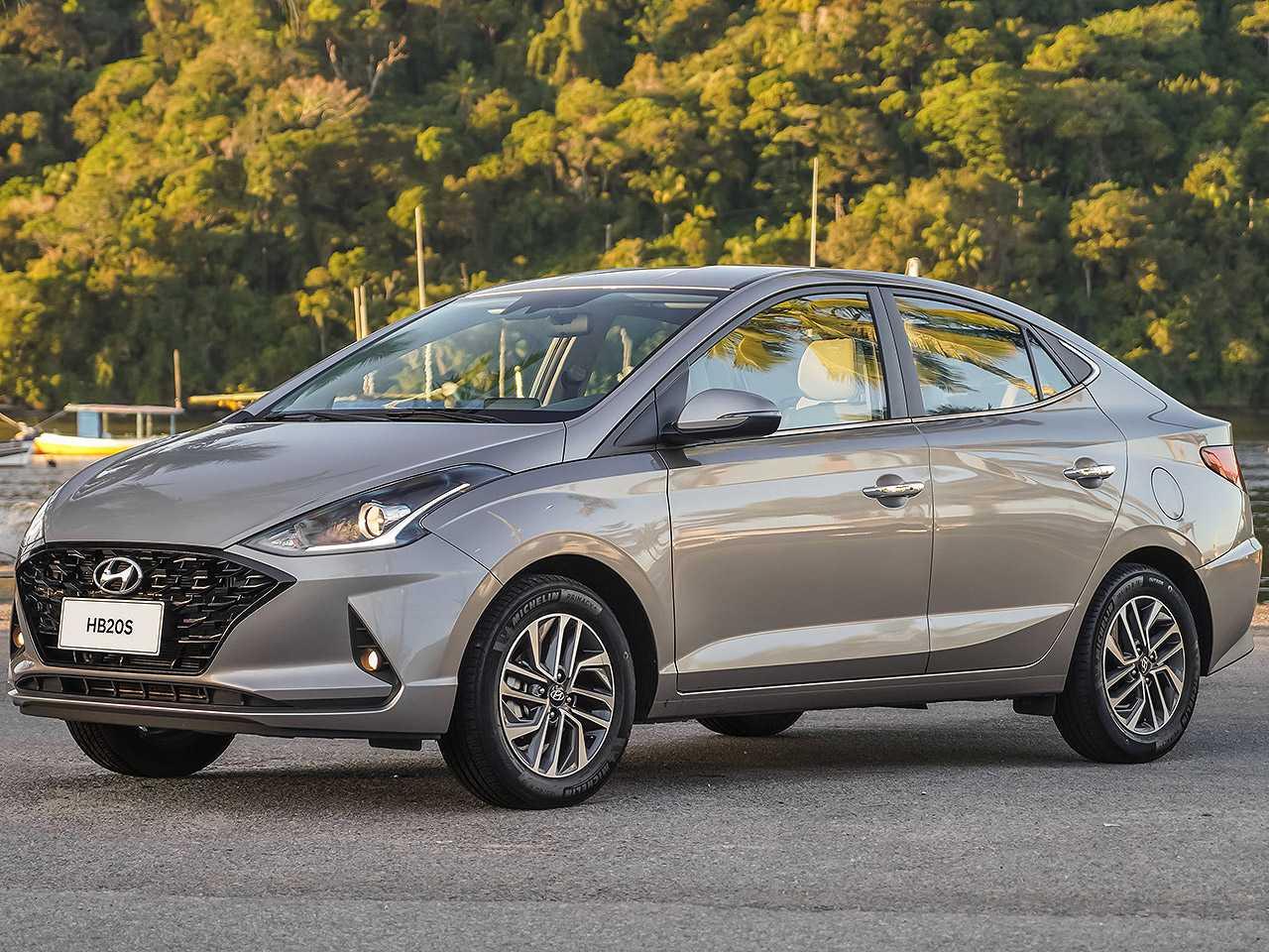 HyundaiHB20S 2021 - ângulo frontal