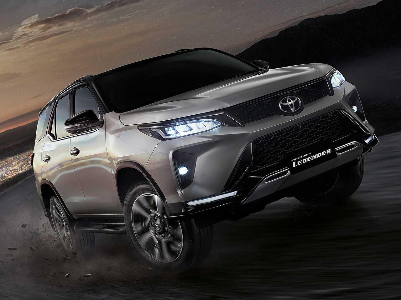 Acima o novo Toyota Fortuner asiático: modelo é o irmão do SW4 argentino vendido no Brasil