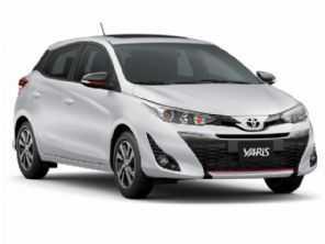 Toyota Yaris sobe de preço de novo e perde câmbio manual