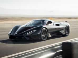 Supera 500 km/h: SSC Tuatara bate Bugatti Chiron e é o carro mais veloz do planeta