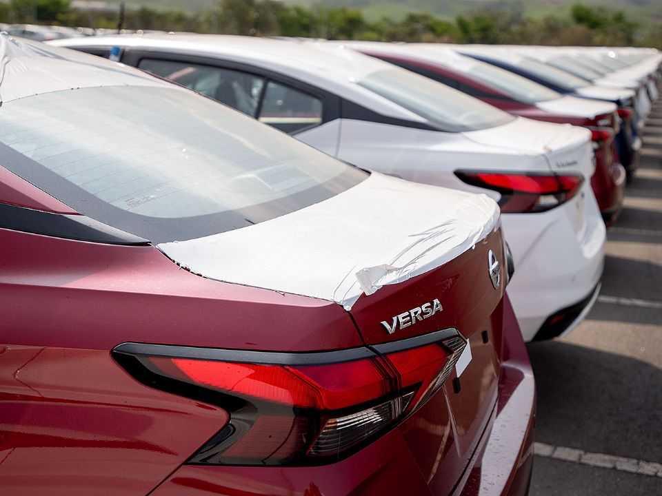 Primeiras unidades da nova geração do Nissan Versa desembarcam no Brasil