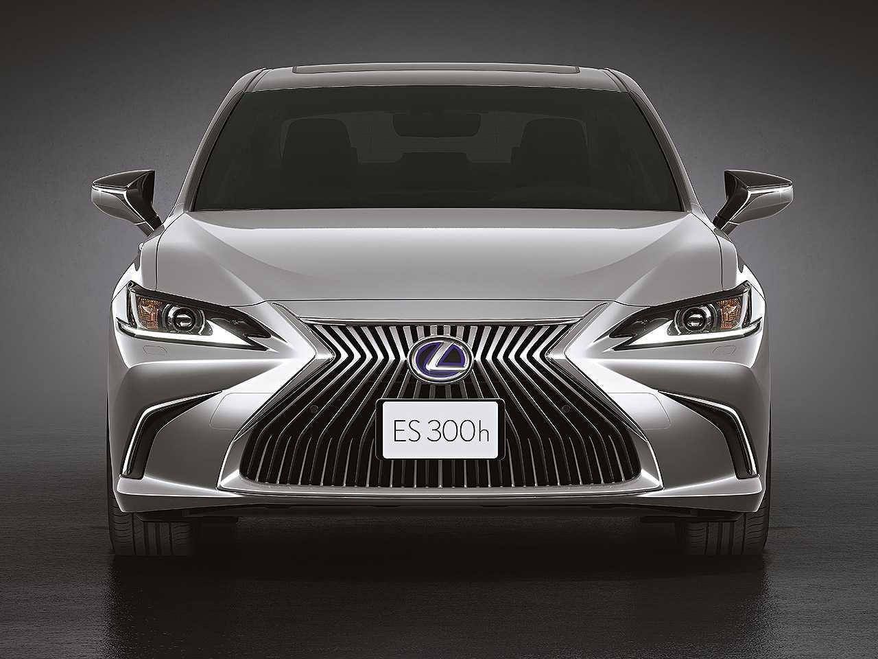 LexusES 2021 - frente
