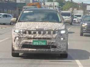 Flagra mostra mais detalhes do novo Jeep Compass 2022 fabricado no Brasil