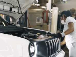Jeep alcança marco de 350 mil unidades do Renegade produzidas no Brasil