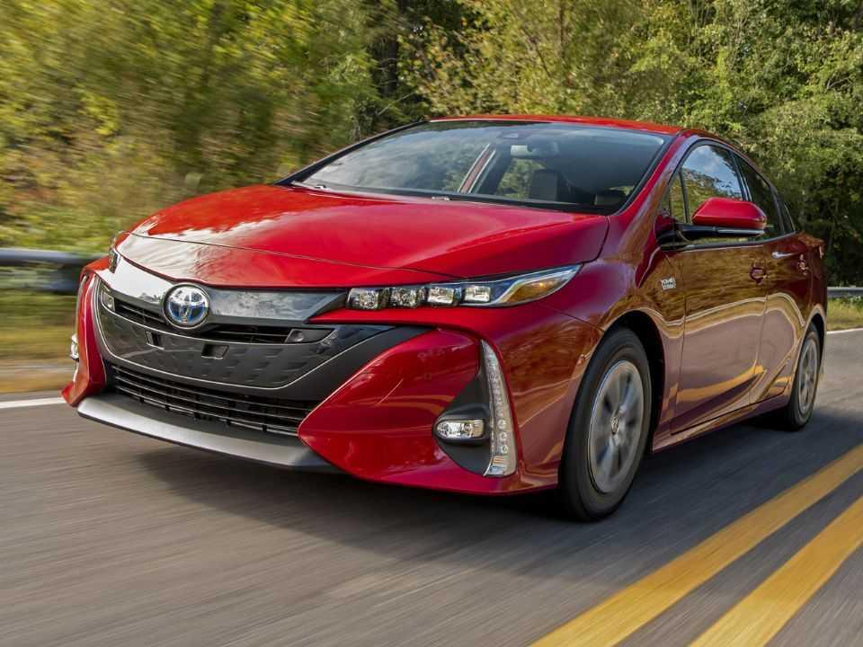 Toyota Prius: opção pela propulsão híbrida atrasou entrada no mercado puramente elétrico