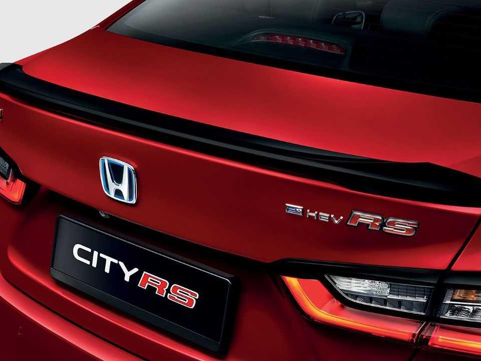 Variante híbrida do novo City em mercados asiáticos toma como base a versão de apelo esportivo RS