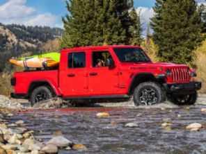 Jeep Gladiator estreia na Europa com motor a diesel que pode vir ao Brasil