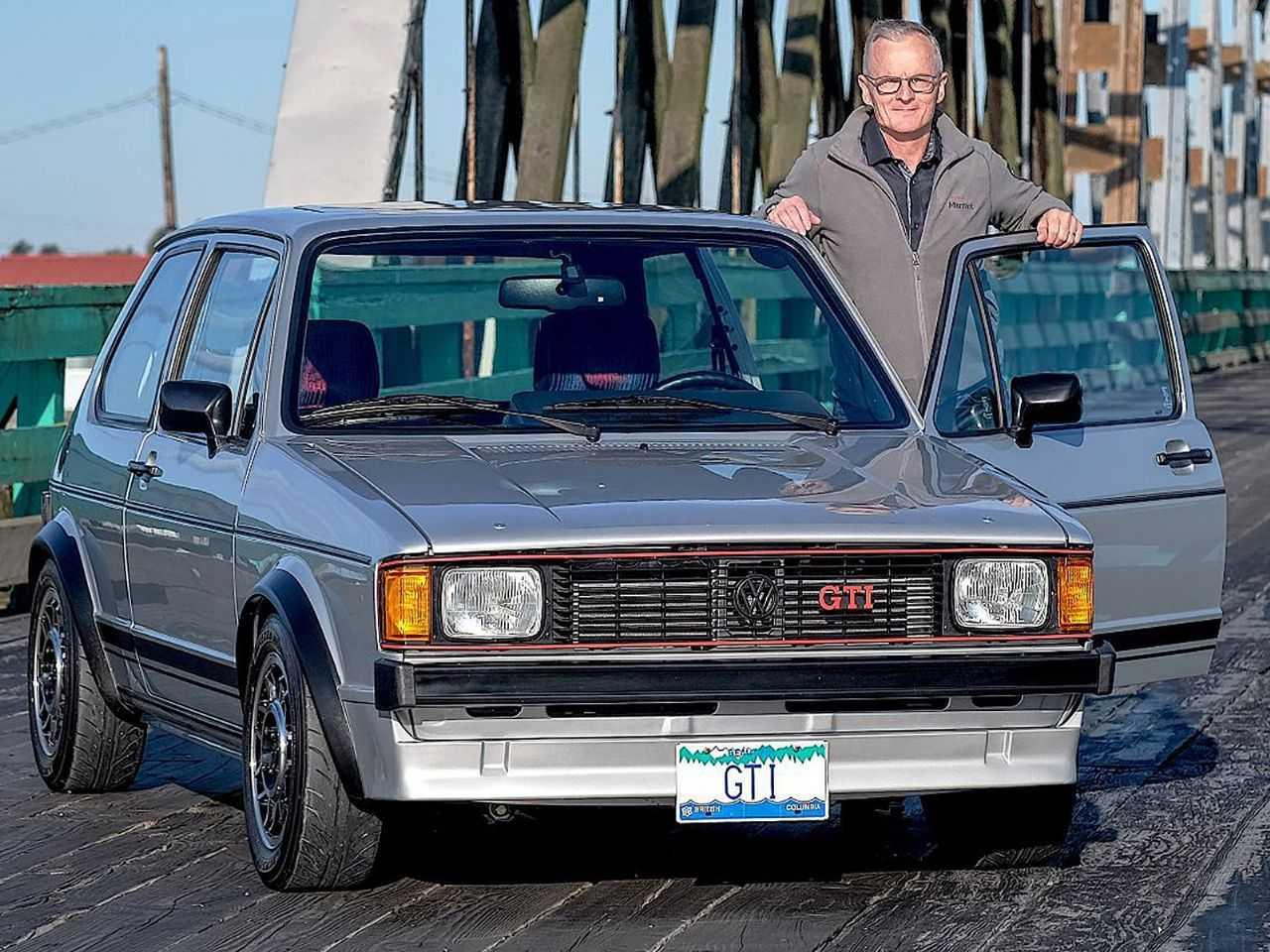 O engenheiro canadense Derek Spratt e seu Ultimate GTI