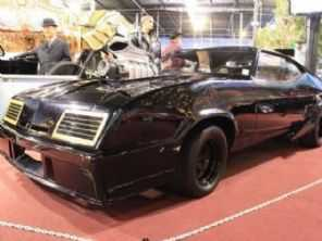 Interceptor original de Mad Max está à venda