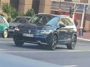Flagra antecipa o visual do novo VW Tiguan 2021