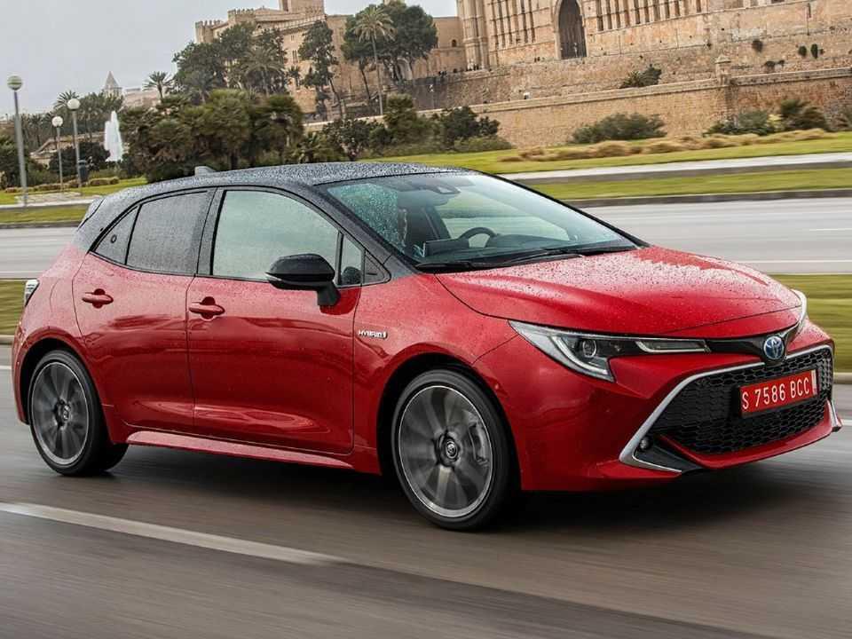 Acima o Toyota Corolla hatch vendido na Europa