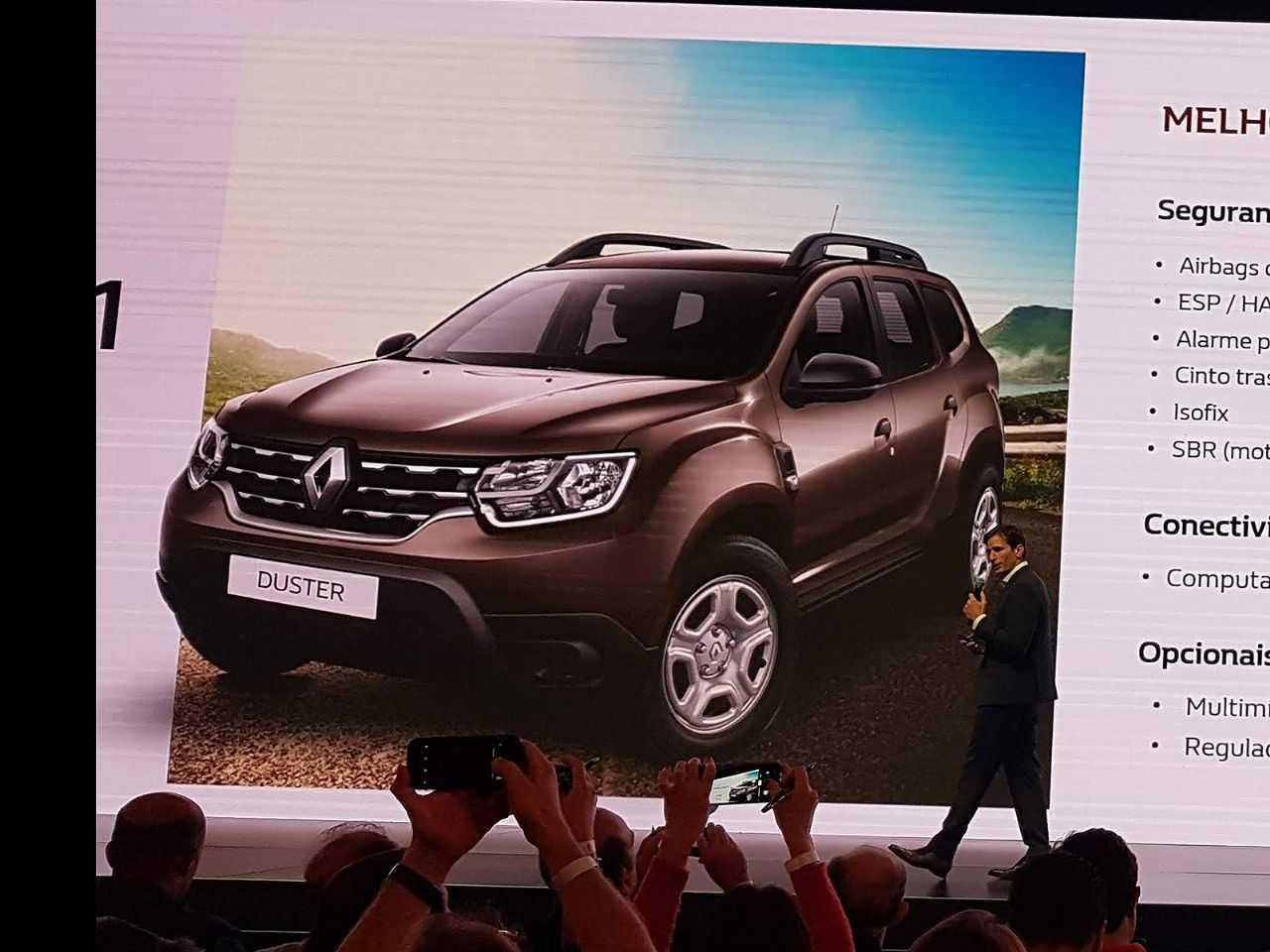 Primeira imagem oficial do novo Duster Life apresentada no lançamento do modelo