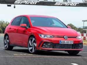 Volkswagen garante que manterá câmbio manual ''vivo''