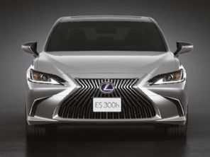 Lexus traz RX 450h ao Brasil e ES 300h tem novidades