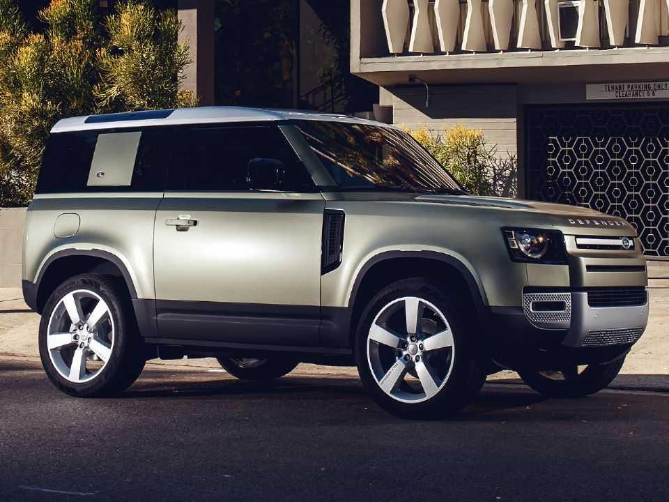 Acima o Land Rover Defender 90 em sua nova geração