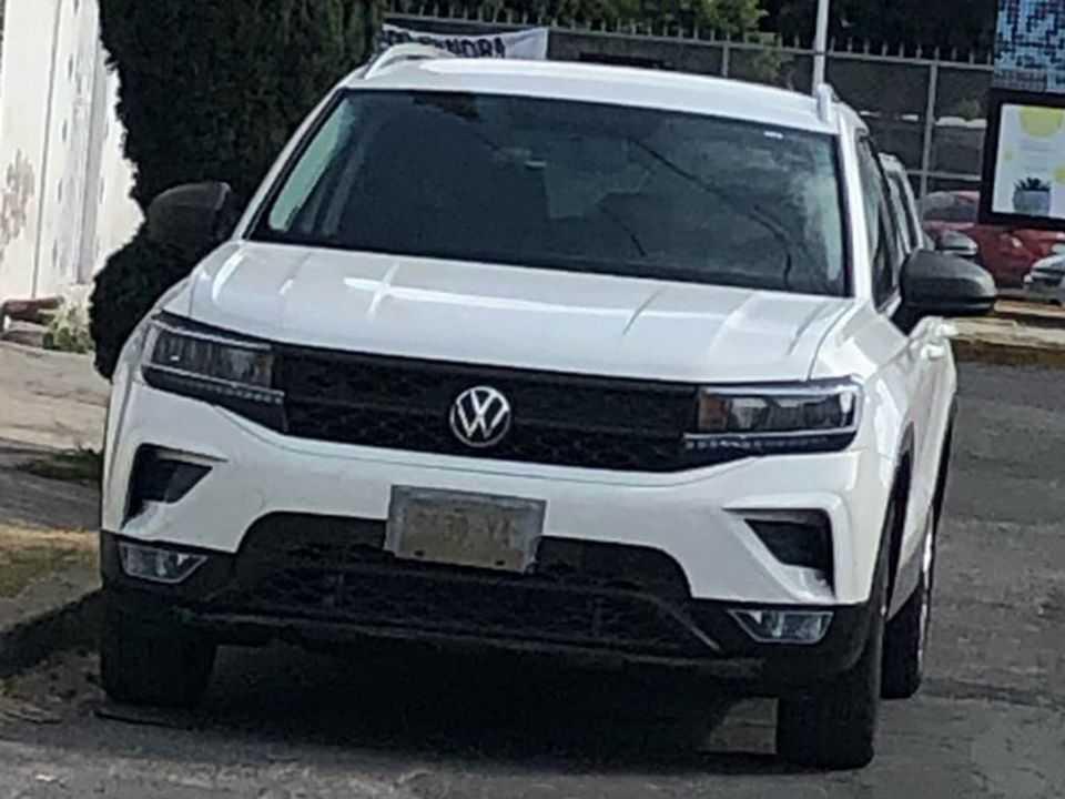 Flagra do projeto Tarek para a América Latina: modelo é o rival da VW para o Jeep Compass