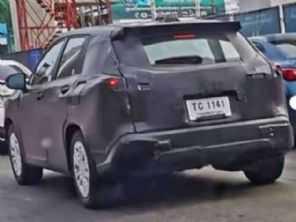 SUV Corolla Cross é flagrado pela primeira vez