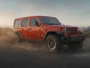 Jeep Wrangler capota em crash-test