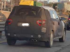Flagra confirma: novo Hyundai Creta de 7 lugares terá visual próprio