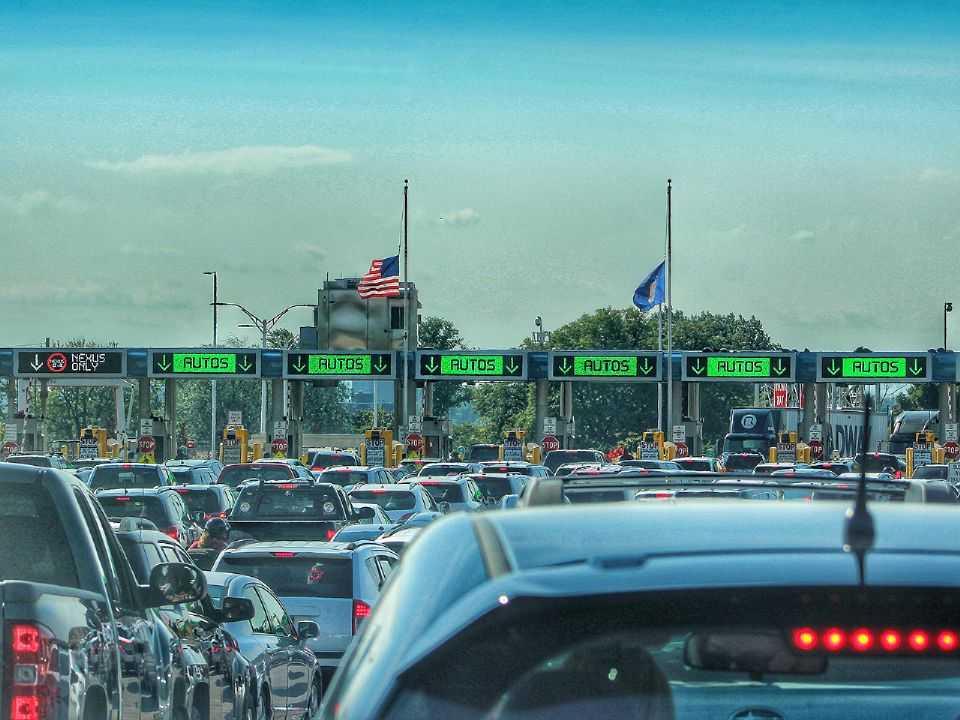 Seguradoras começam a ressarcir clientes nos EUA