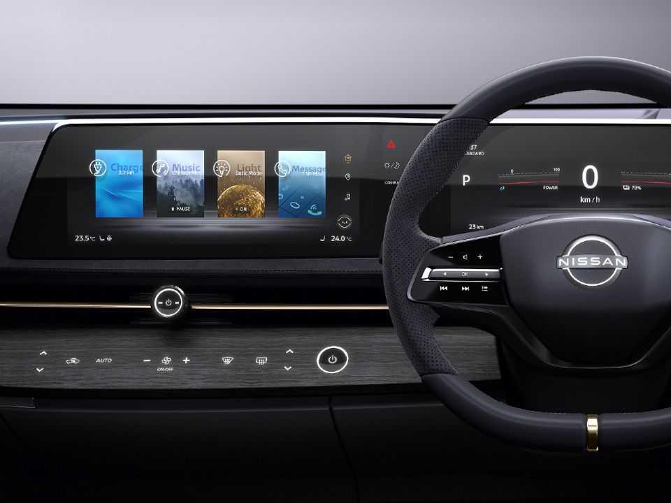 """Acima o painel do conceito Ariya: Nissan privilegia a """"sensação de horizonte"""""""