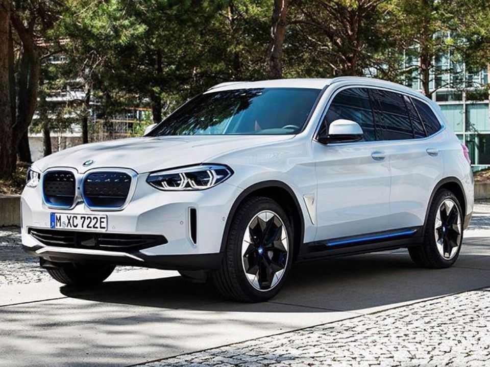 Possível imagem oficial vazada do inédito BMW iX3