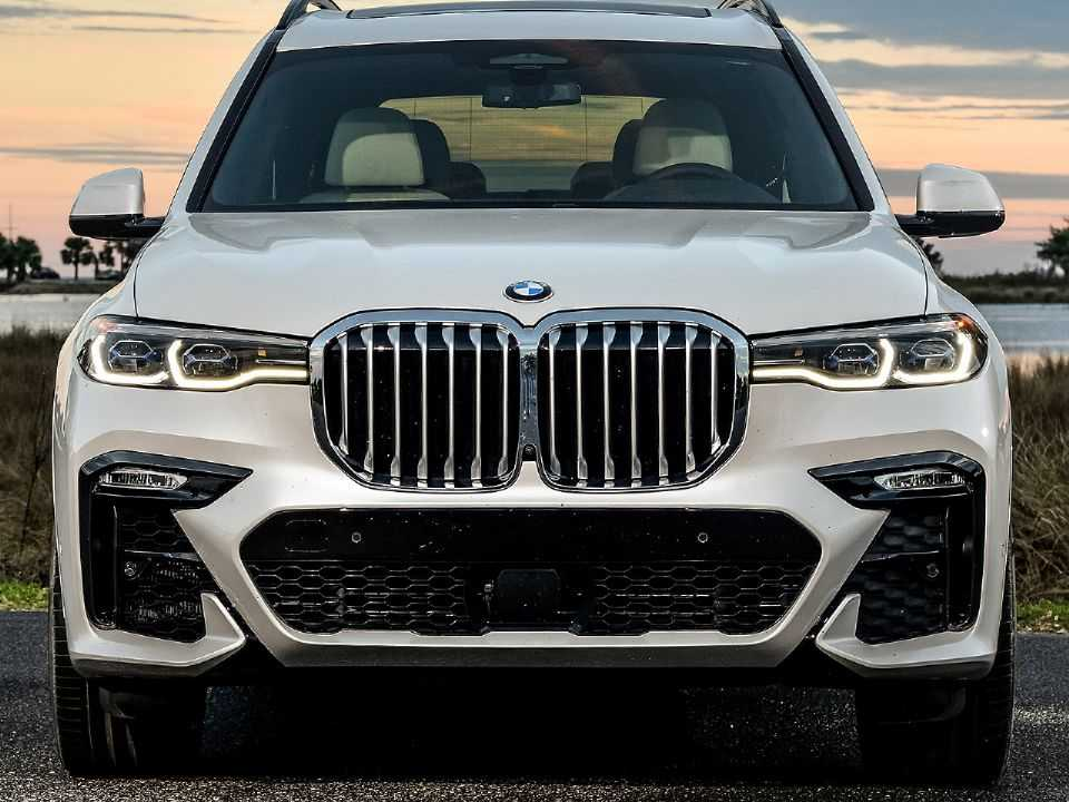 BMW X7: design do atual SUV grande deve influenciar o futuro X8