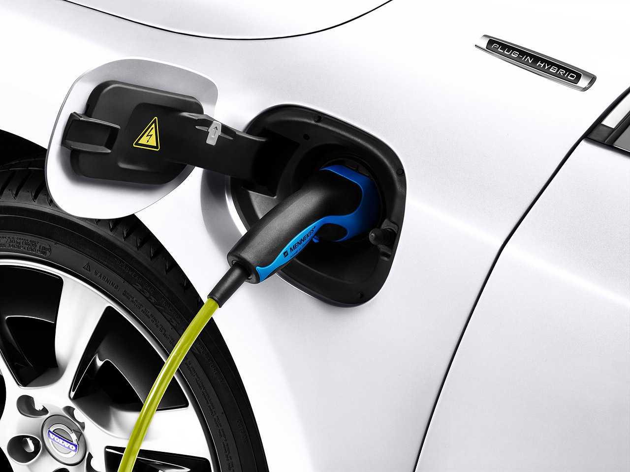 Sistema híbrido plug-in da Volvo