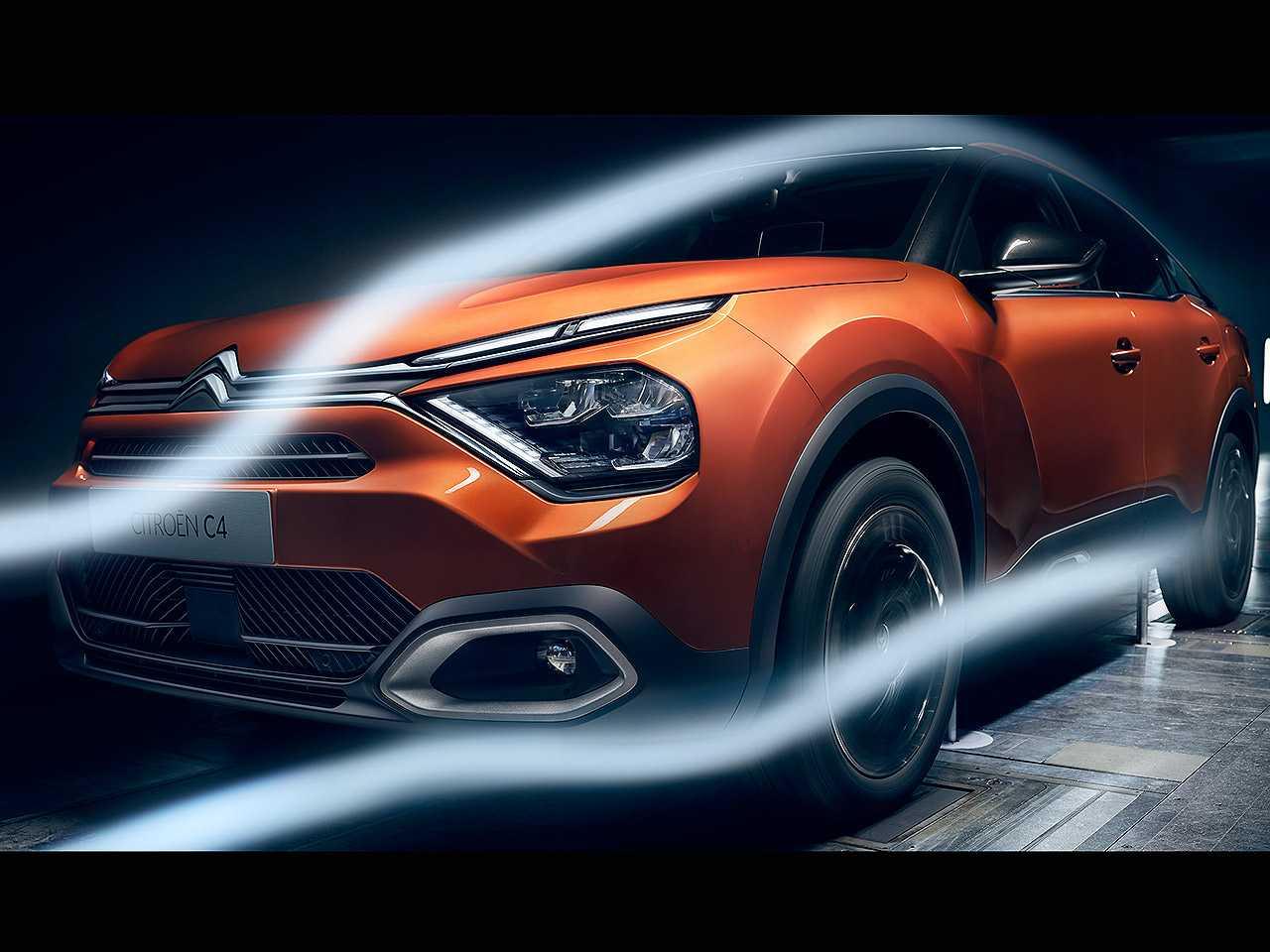 Acima a nova geração do Citroën C4 europeu