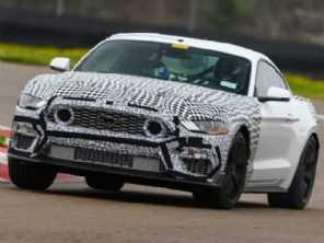 Ford vai reviver o Mustang Mach 1 com ''visual único e melhor desempenho em pista de todos os tempos''
