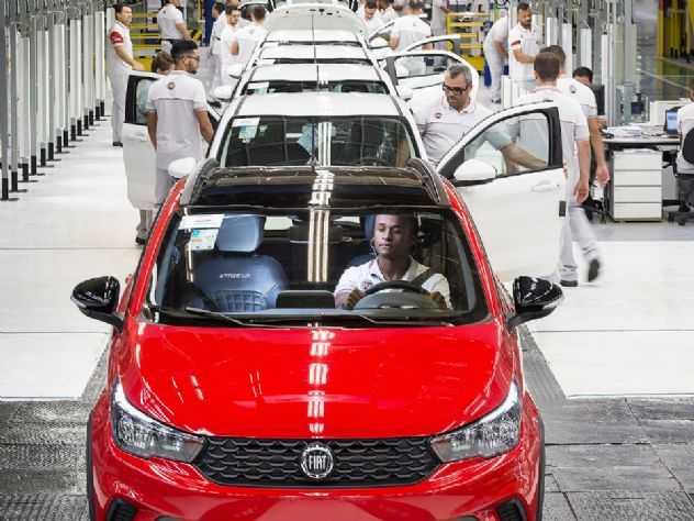 Além de Honda e GM, Fiat também vai reduzir produção no Brasil