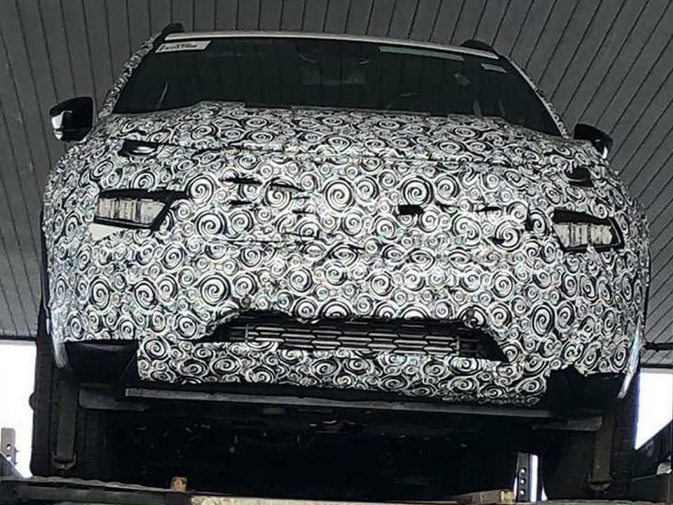 Flagra da Fiat Toro com facelift: estreia prevista para o primeiro semestre de 2021