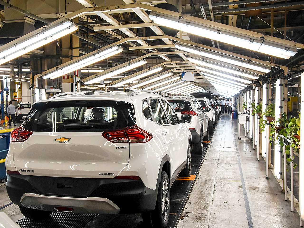 Linha de produção do Chevrolet Tracker em São Caetano do Sul (SP)