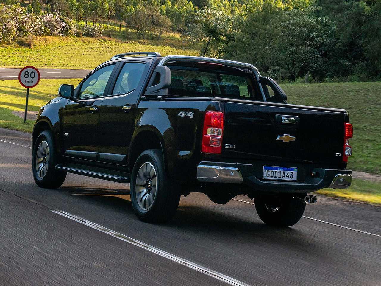 ChevroletS10 2021 - ângulo traseiro