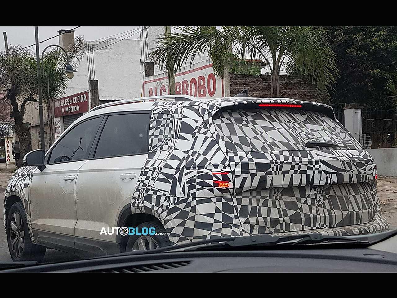 Flagra do futuro SUV médio da VW: modelo será produzido na Argentina para abastecer Brasil e região
