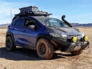 Um Honda Fit pode ser um verdadeiro off-road? Norte-americano prova que sim...