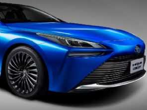 Até 2025: Toyota quer elétrico capaz de efetuar uma recarga completa em 15 minutos